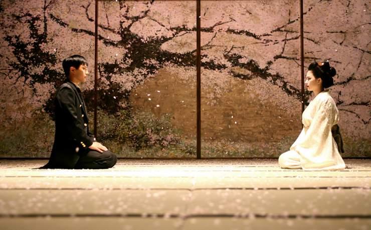 A fiatal Dr. Jung Nam és meghalt jegyese, akivel sohasem találkozott.