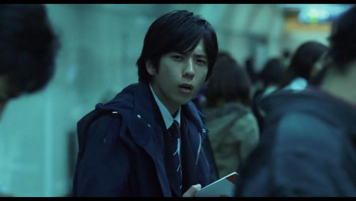 Az állásinterjúra induló Kei Kurono - no bishounen effekt, no kick ass karakter