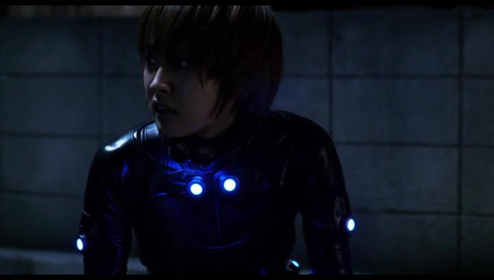 Kishimoto akcióba lendül.