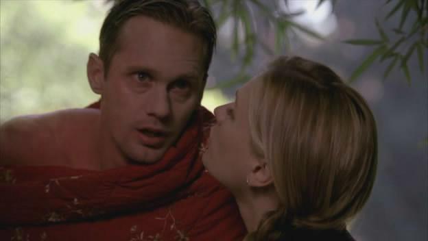 Eric a gyámoltalan. Sookienek szinte anyáskodnia kell fellette.