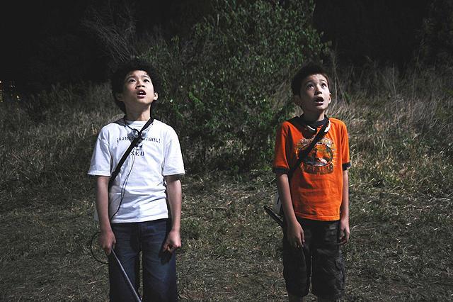 A gyerek Mutta (Nakano Rei) és Hibito (Nakashima Kaito), a fim legmókásabb pillanatait adták.