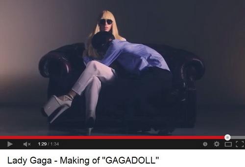 Halgass Lady Gagát testközelben - http://youtu.be/Hlmb9AK0vkw